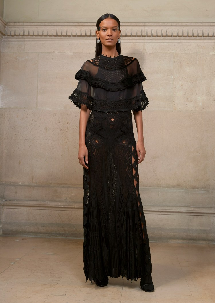 05-givenchy-couture-spring-2017
